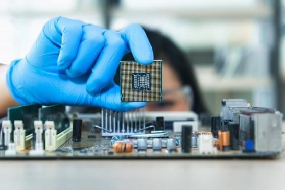 반도체 대장주 삼성전자·SK하이닉스, 4거래일 만에 '반등'